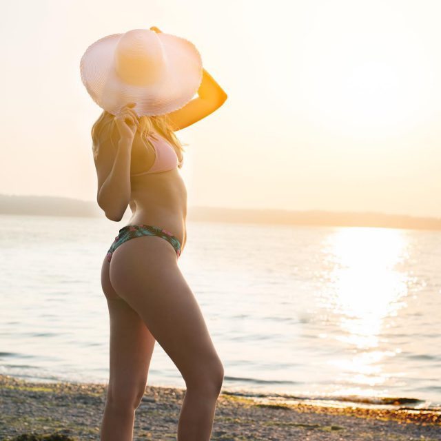 Golden hour and a Sunday  perfection Model raevynjones Hmuahellip